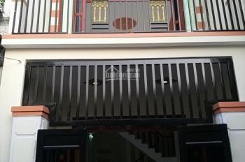 Bán nhà trệt lầu nhà đẹp gần ba Cây Điệp, hẻm Lê Hồng Phong, tại Dĩ An