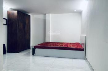Cho thuê CH studio 4/32 D1 (Nguyễn Văn Thương) Q. BT, có bếp 35m2 full nội thất, 4.9tr - 0932103949