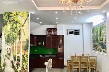 Nhà mặt phố Nguyễn Chính - Hoàng Mai 70m2 x 4 tầng, MT 4,8m, giá 7,5 tỷ, ô tô vào nhà, kinh doanh