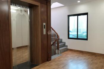 Tôi bán nhà Mạc Thái Tổ 65m2, 6T, thang máy, xây mới, nội thất cao cấp, ngõ ô tô tránh cho thuê tốt