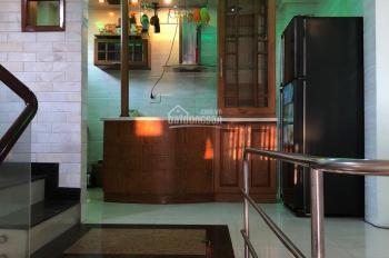 Cần bán nhà 4.5 tầng kiệt Lê Duẩn - gần cầu sông Hàn Đà Nẵng, giá chỉ 4.2 tỷ - LH: 0911.740.009
