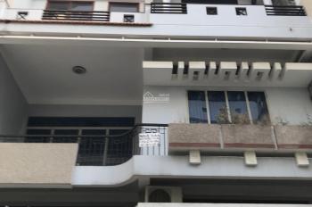 Cần bán nhanh nhà 3 lầu đường Lê Văn Sỹ Tân Bình Phú Nhuận. DT 5,2x16m giá 11 tỷ