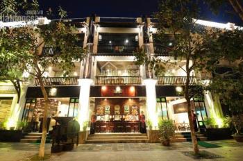 Cho thuê nhà mặt tiền siêu đẹp phố Hàng Cót, DT 200m2 x 5 tầng, MT 17m, LH: Em Huyền 0988402342