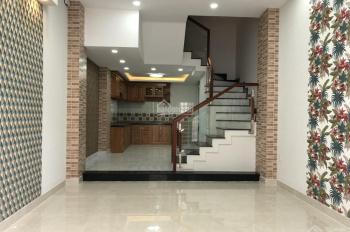 Cần bán gấp nhà phố cao cấp tọa lạc đường Lê Đức Thọ, Quận Gò Vấp; DT: 4x17m