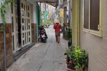 Chính chủ bán nhà 1 trệt 3 lầu Phú Nhuận, giá 4 tỷ TL, không tiếp trung gian. LH 0932313943