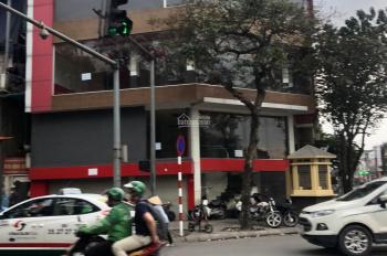 Cho thuê MP Trần Xuân Soạn, DT 165m2 x 2 tầng, MT 10m, giá tốt, vị trí đắc địa, KD sầm uất