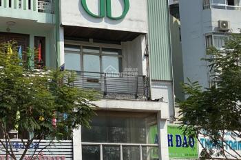 Xuất ngoại cần cho thuê gấp nhà mặt tiền 23 Trần Hưng Đạo, Quận 5