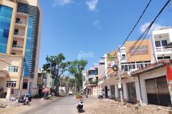 Bán gấp nhà mặt tiền Trương Công Định gần ngã 6, biển Bãi Trước giá tốt chỉ 12.8 tỷ, LH 0937896088