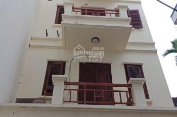 Cho thuê nhà nguyên căn ngõ 565 Nguyễn Trãi, Thanh Xuân, 70m2 x 4T, 5 PN, 10tr/th, ô tô tải đậu cửa
