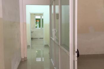 Cho thuê dài hạn nhà mặt tiền 242 Khuông Việt, Tân Phú. Trệt + 2 lầu, 4x19m, giá 15 triệu/tháng