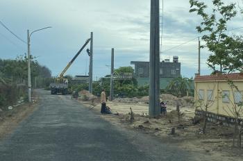 Bán đất Long Hải giá 6,5tr/m2. Gần KS Lan Rừng. Vào xây dựng ở ngay, Khu dân cư đông. SRH.