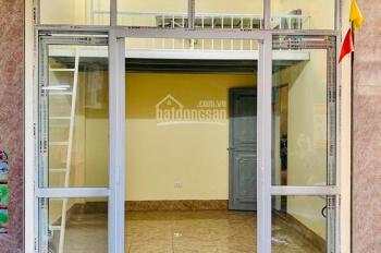 Cho thuê cửa hàng tại Kim Giang giá rẻ 3.8tr/th, 0971698986