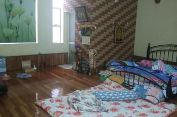 Cho thuê nhà ngõ 194 Giải Phóng, 53m2x 3 tầng có gara ô tô