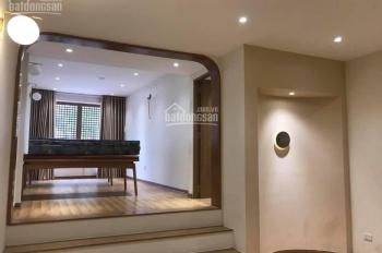 Bán Gấp nhà mặt phố Hào Nam cho thuê 50tr/tháng, Diện tích 53m2 giá 14.9 tỷ, có thương lượng