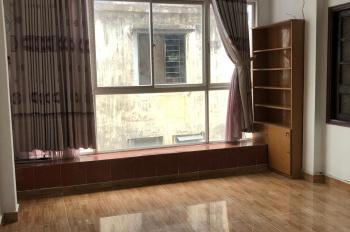 Cho thuê nhà HXH Q3 - 3 lầu, cách mặt tiền 10m