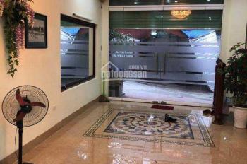 Cho thuê nhà riêng cầu Kim Đồng, Giáp Bát, nhà 70m2 x 4.5 tầng, ô tô đỗ cửa, giá 16tr/th