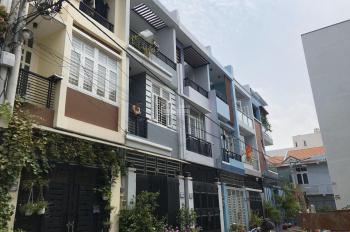 Tổng hợp nhà 3 - 4 tầng DT: 150 - 200m2 gần ngã tư Bình Triệu Gigamall Phạm Văn Đồng
