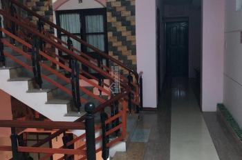 Khách sạn 6 tầng gần Bạch Đằng