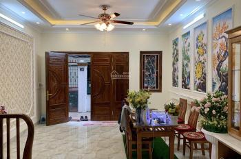 Bán nhà chính chủ xây mới Đội Cấn, Liễu Giai, Ba Đình 50m2x5T đẹp long lanh giá 4.8 tỷ