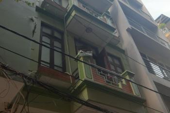 Cho thuê nhà riêng ở ngõ 210 đường Hoàng Quốc Việt. DT 65m2 x 3,5 tầng, ngõ to ô tô đậu cửa