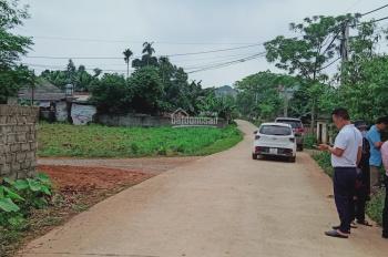 Gia đình cần bán gấp DT 1166m2, đất vuông vắn tại Vân Hoà, Ba Vì, Hà Nội