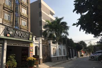 Kẹt tiền bán Villa 1700m2, 160 Tăng Nhơn Phú, Q9, 30x60m, sàn 700m2, 2 tầng, LH 0938958089