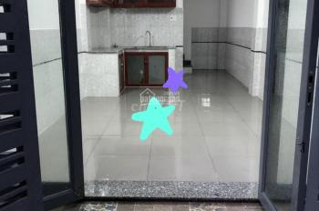 Nhà nguyên căn 1 trệt, 3 lầu, 3 phòng, hẻm xe hơi đường Trần Quang Diệu