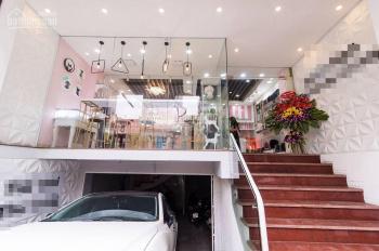 Cho thuê mặt phố Đê La Thành, phường Ô Chợ Dừa, quận Đống Đa, có gara ô tô