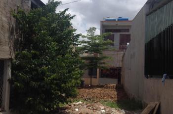 Gia đình cần bán lô đất 80m2 nằm ngay BV Xuyên Á, Củ Chi, sổ riêng, giá: 900 Triệu