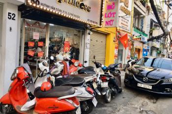 Nhượng mặt bằng kinh doanh Huỳnh Văn Bánh, Phú Nhuận, khách ổn định, LH: 0908157680