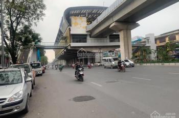 Bán nhà mặt phố Nguyễn Trãi 30m2 x 4 tầng vỉa hè cực rộng, hiệu suất cho thuê cao, giá 3,6 tỷ