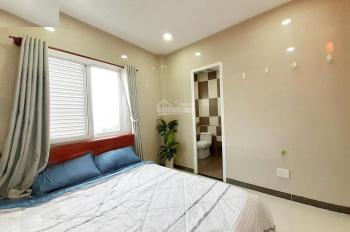 Hot phòng đẹp, full đồ, cửa sổ, ngay Lotte Mart, hẻm ô tô, sang chảnh 4.5 tr