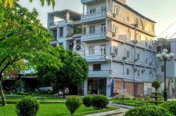 Bán nhà nghỉ khách sạn đường Lê Hồng Phong, gần phố Karaoke Huế