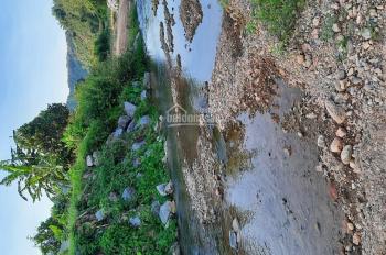 Cần bán 260.000M2 đất Làm Dự án nghỉ dưỡng Lương sơn đất thoải có suối to đường xe 45 chỗ giá quá r