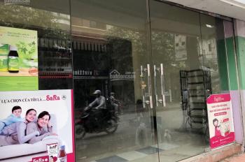 Chính chủ cần cho thuê gấp nhà mặt phố Hoàng Văn Thái, giá cực ưu đãi,  mặt tiền rộng rãi.