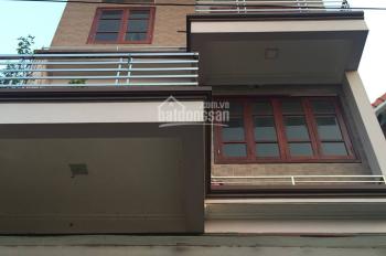 Chính chủ cho thuê nhà 4 tầng, ô tô đỗ cửa tại Yên Ngưu, Thanh Trì. LHCC: 0357840499