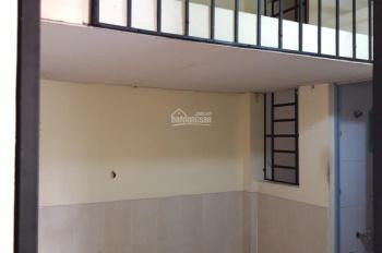 Cho thuê phòng 20m2 có gác lửng, lối đi vệ sinh, bếp riêng biệt tại Q.9 LH cô Thủy 0946252147