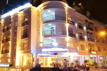 Bán khách sạn 3 sao trung tâm Đà Lạt, 36 phòng