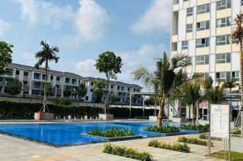 Bán gấp căn hộ Citi Soho, quận 2 giá 1 tỷ 550, nhận nhà vào ở ngay. Liên hệ: 0903633361