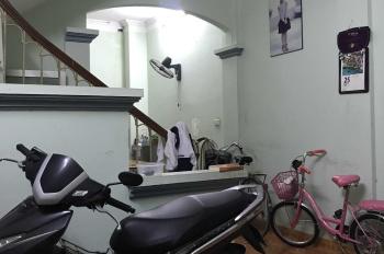 Cho thuê nhà riêng khu đô thị Đại Kim, nhà 50m2 x4 tầng, ô tô đỗ cửa, giá 12tr