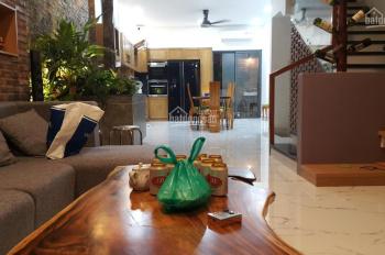 Gia đình chia tài sản bán gấp căn nhà hoàn thiện full nội thất DT: 6x17m giá 12 tỷ, LH: 0937533213