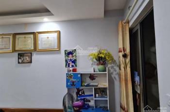 Gia đình mình đang cần bán căn 2 ngủ, DT 57.6m2 tại HUD3 Linh Đàm, LH: Ninh 0342826198
