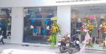 Cần cho thuê mặt bằng kinh doanh tại mặt tiền trung tâm đường Xuân Thủy-86.4m2, liên hệ 0902835479