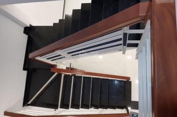 Bán gấp căn nhà trên đường Trần Văn Giàu, DT 9x30m, SHR, giá 1,8 tỷ