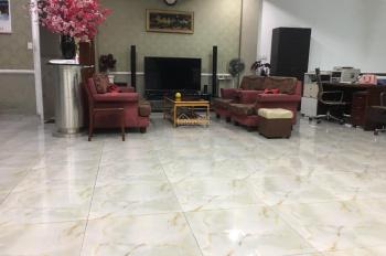 Cho thuê nhà góc 2 MT đường Nguyễn Văn Đậu gần với ngã tư Lê Quang Định Quận Bình Thạnh