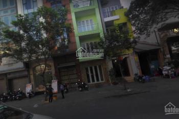 Cho thuê nhà mặt tiền đường Calmette, P. NTB Q.1 4x20m KC: 3 tầng kinh doanh tự do giá thuê 50tr/th