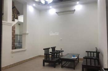 Nhà 3,5 tầng x 45m2, 3PN nhà mới sửa giá 11tr/tháng, LH: 0946913368
