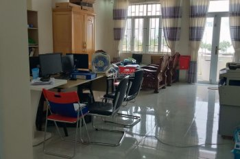 Cho thuê văn phòng làm việc gia rẻ tại Nha Trang. Lh 0585888030
