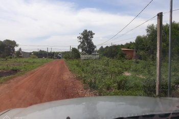 Cần bán mảnh đất nằm ngay trung tâm UBND Xã An Long - H. Phú Giáo - T. Bình Dương