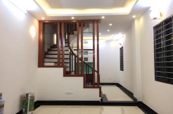 Bán nhà xây mới Nguyễn Khánh Toàn, Quan Hoa, Cầu Giấy 6.5 tỷ, 45m2 x 5T lô góc ô tô vào nhà